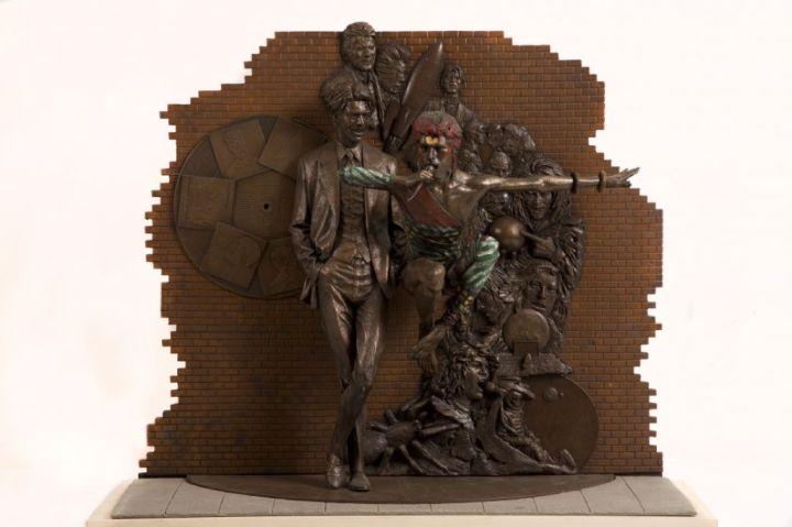 bowie-statue